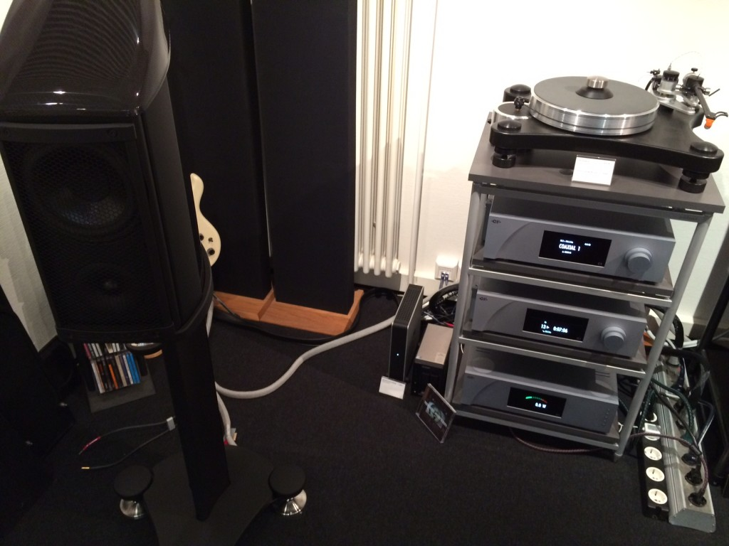Way Cables SILVER 3 ANA speaker cables with Wilson Benesch Endeavour loudspeakers and CH Precision setup